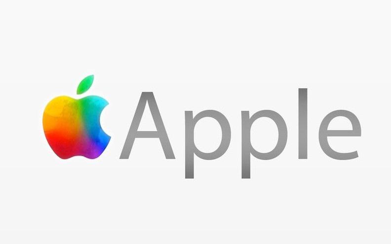 أبل تعلن عن صدور iPhone 4S و تطلق قنبلة مدوية في تسعير كل أجيال الايفون